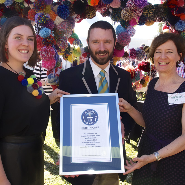 Pom Pom World Record set at the Wangaratta Woollen Mill!